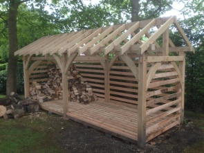 Oak Framed Log Store