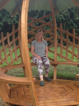 Laced Onion Shelter - happy client Lynne