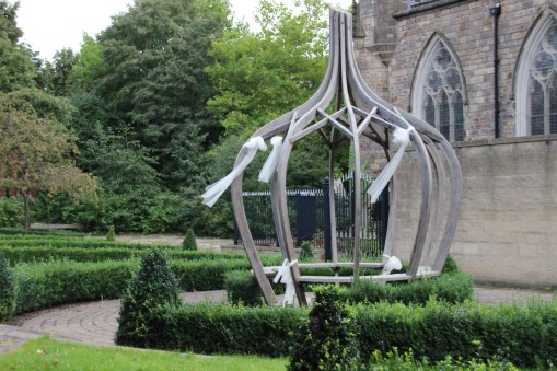 salford-cathedral-large-onion-recent-1