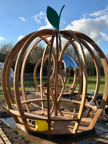 Double Apple Shelter installation 2