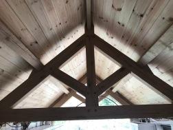 Kitchen Roof kingpost trusss inside