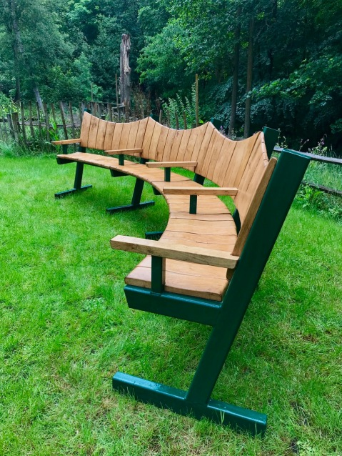 Curved Bench with Steel frame 1