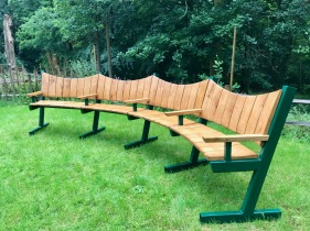 Curved Bench with Steel frame 2